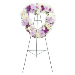 Sweetheart Standing Spray -A local Pittsburgh florist for flowers in Pittsburgh. PA